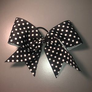 Accessories - Polka Dot Bow
